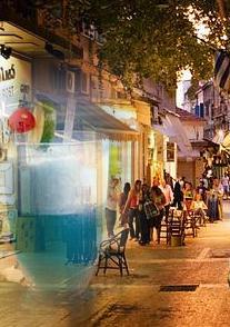 «Athens on the rocks» της Έφης Καλλιμάνη