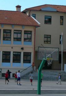 «Χορηγοί στα σχολεία» του Δήμου Χλωπτσιούδη