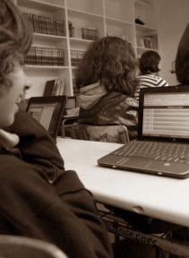«287 λέξεις για τις Νέες Τεχνολογίες στο σχολείο» του Βασίλη Συμεωνίδη