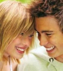 Στο «ράφι» και η σεξουαλική ζωή των νέων, του Θανάση Πάνου