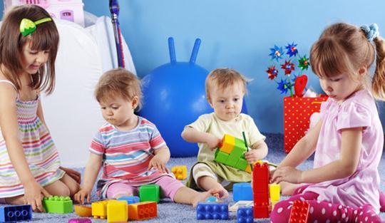 «Ο ρόλος του παιχνιδιού για το παιδί» του Βαγγέλη Μπουναρτζή