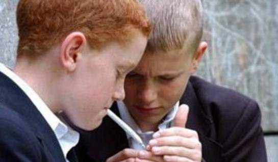 Υπ. Παιδείας: Πρωτοβουλία για την πρόληψη του καπνίσματος στους μαθητές Β΄ και Γ΄ γυμνασίου