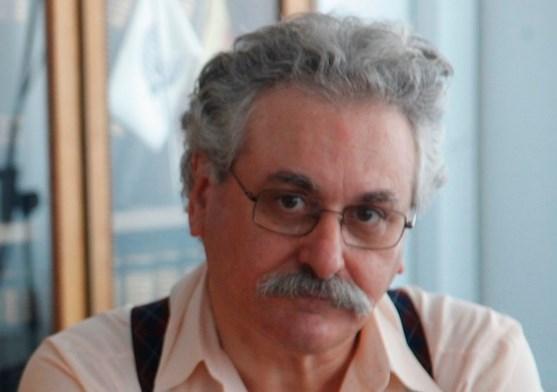 """Θέμης Κοτσιφάκης: «Αυτό που κρατά σήμερα το δημόσιο σχολείο """"στα πόδια του"""" είναι το μεράκι και η επιμονή των εκπαιδευτικών μας»"""