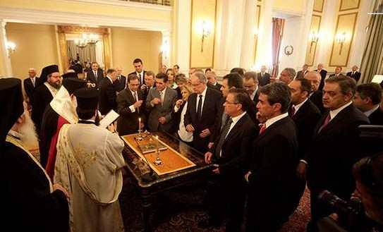 Ορκίστηκε η νέα κυβέρνηση: Ο Ανδρέας Λοβέρδος στο Υπουργείο Παιδείας και Θρησκευμάτων