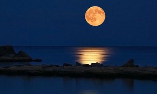 «Μια βόλτα στο Φεγγάρι ΙΙ» καλλιτεχνική βραδιά στην Casa Bianca με ελεύθερη είσοδο