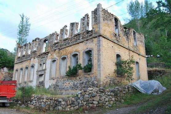 Το «Φροντιστήριο Αργυρούπολης» στον Πόντο. Της Γιώτας Ιωακειμίδου