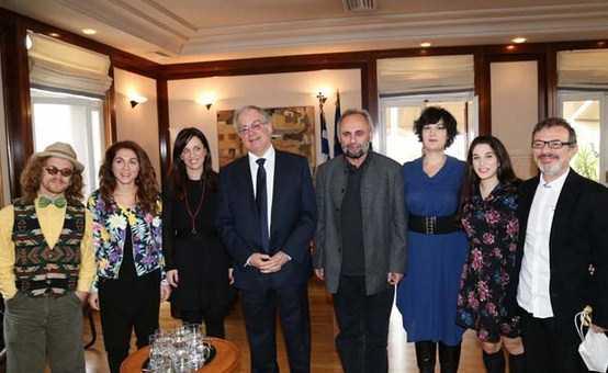Με τον Διευθυντή και ηθοποιούς τού Εθνικού συναντήθηκε ο Υπουργός Πολιτισμού και Αθλητισμού