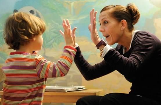 Εμμονές, στερεοτυπίες, δραστηριότητες ατόμων με νοητική υστέρηση και αυτισμό