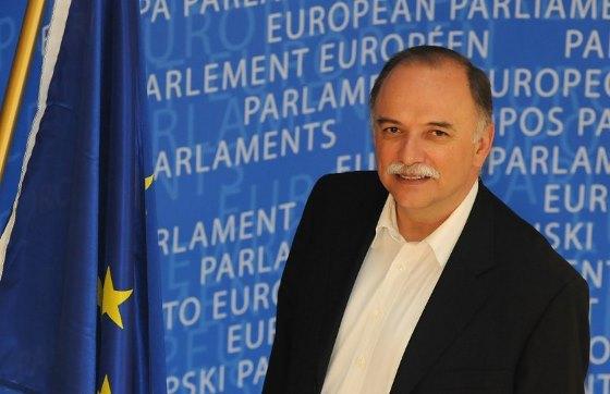 «Περισσότερη αλλά και δικαιότερη  Ευρώπη» του Δημήτρη Παπαδημούλη