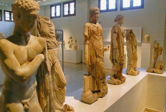 Έκθεση με τίτλο «Ανοίγοντας Δρόμους» στο Αρχαιολογικό Μουσείο του Δίου