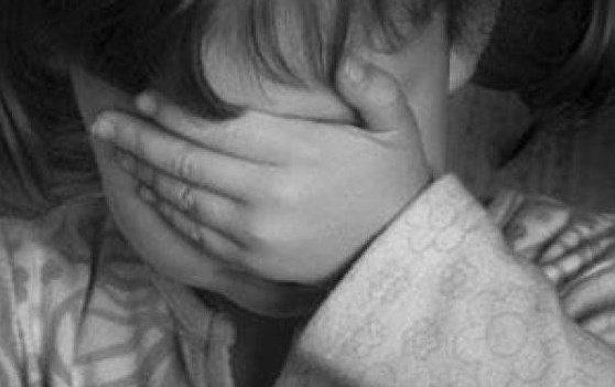 «Σωματική και σεξουαλική κακοποίηση παιδιών» της ψυχολόγου Μαρίνας Κόντζηλα
