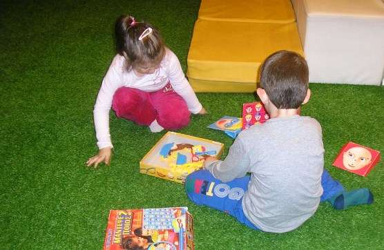 Περιφερειακή Βιβλιοθήκη Χαριλάου: Πρόγραμμα δράσεων Ιουνίου 2015