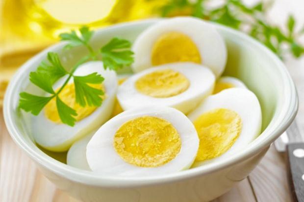 Λέξεις που διχάζουν… ορθογραφικά: «αβγό ή αυγό;» του Άρη Ιωαννίδη