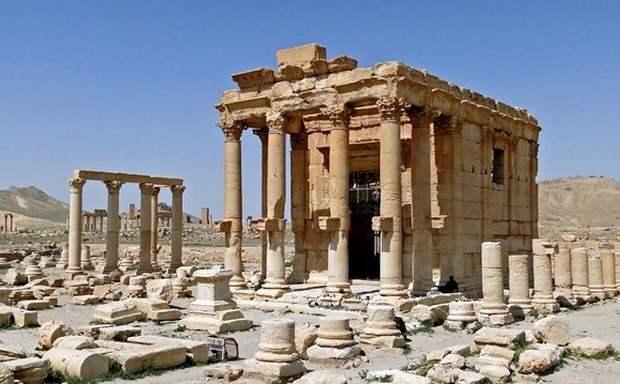 ΥΠΟΠΑΙΘ: Έγκλημα πολέμου η καταστροφή του ναού του Διός - Βάαλ στην Παλμύρα