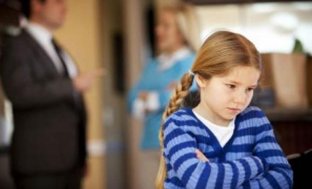 «Πώς μπορεί να βιώνουν τα παιδιά το διαζύγιο των γονιών τους;» της ψυχολόγου Μαρίνας Κρητικού
