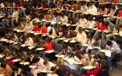 ΥΠΠΕΘ – Σταδιακά η μείωση του αριθμού των εισακτέων στα Πανεπιστήμια