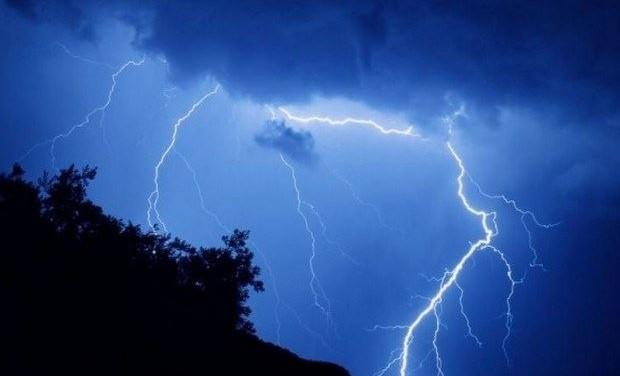 Χαλάει από σήμερα ο καιρός – Επιδείνωση με ισχυρές βροχές, καταιγίδες και χαλάζι