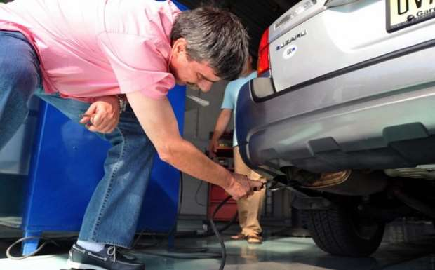 Παρατείνεται η ευνοϊκή ρύθμιση για τον έλεγχο οχημάτων στα ΚΤΕΟ