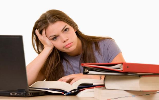 «Η επικοινωνία με τους εφήβους: Λίγη προσοχή παρακαλώ…» του Ψυχολόγου Γιάννη Ξηντάρα