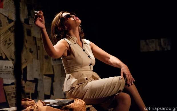 Η παράσταση «Επάγγελμα Πόρνη» συνεχίζει την πετυχημένη πορεία της στον Πολυχώρο VAULT
