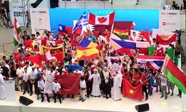 Ασημένιο μετάλλιο για τους RoboSpecialists στην Ολυμπιάδα Ρομποτικής