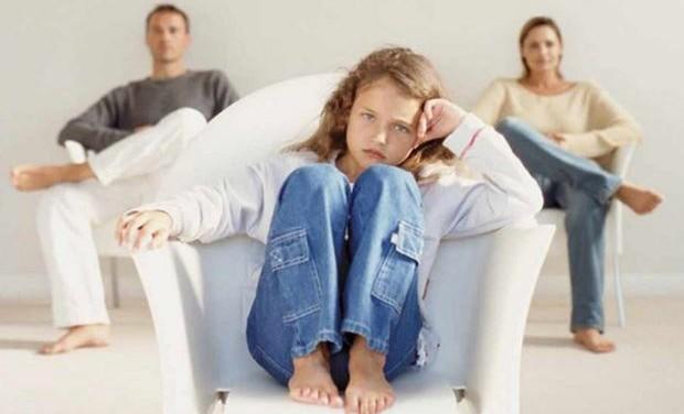 Διαζύγιο: πώς ενημερώνουμε το παιδί για την απόφαση των γονιών του