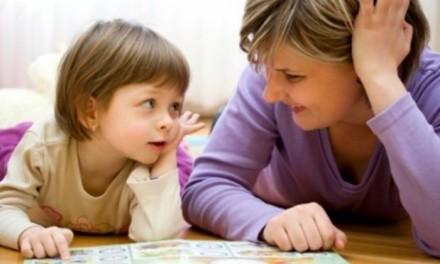 Γιατί καθυστερεί η διάγνωση προβλημάτων λόγου και επικοινωνίας στα παιδιά;