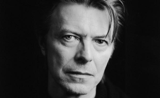 Έφυγε από τη ζωή ο θρύλος της μουσικής David Bowie