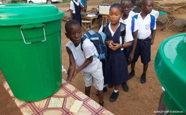 Χιλιάδες παιδιά εξακολουθούν να χρειάζονται φροντίδα μετά το πέρασμα του Έμπολα