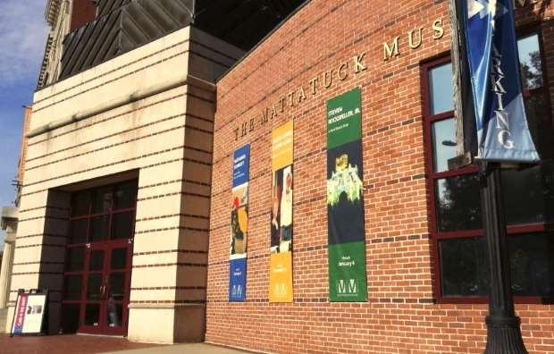 «Victor Vasarely: Το απόλυτο μάτι»: Έκθεση από το Μουσείο Ηρακλειδών στο Mattatuck Museum στις ΗΠΑ