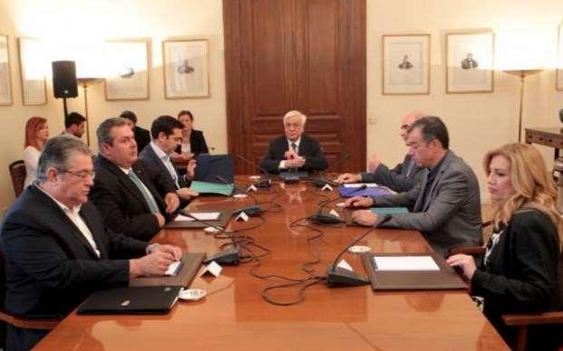 Σύγκληση του συμβουλίου Πολιτικών Αρχηγών για το προσφυγικό