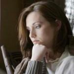 «Εξαρτήσεις: Τι μας κάνει πιο ευάλωτους σε αυτές;» της ψυχολόγου Μαρίας Αθανασιάδου