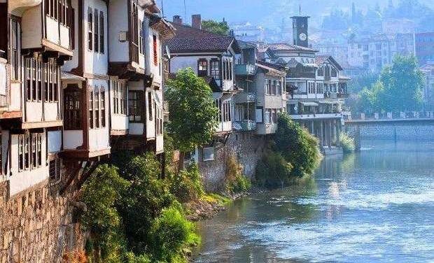 «Τα ποτάμια  του πόντου» της Γιώτας Ιωακειμίδου