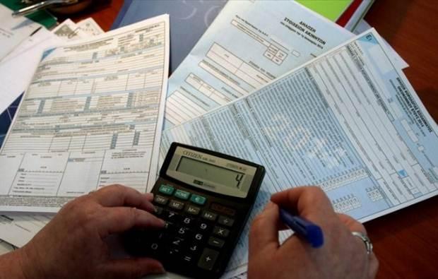 Παρατείνεται η προθεσμία υποβολής φορολογικών δηλώσεων φυσικών και νομικών προσώπων