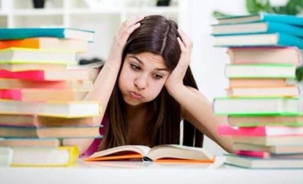 «Πανελλαδικές: Συμβουλές για μαθητές και γονείς» του Χρήστου Χαρακόπουλου