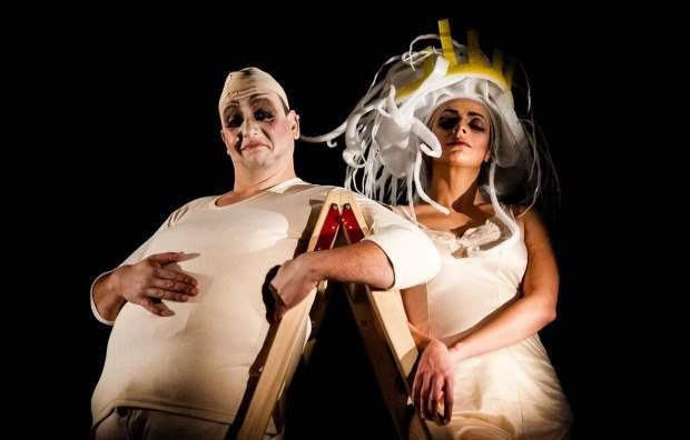 «Υμπύ Τύραννος» μία τραγική φάρσα - θεατρική παράσταση στο θέατρο ΣΤΑΘΜΟΣ
