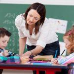 ΥΠΠΕΘ: Σύσταση 2.223 θέσεων εκπαιδευτικού προσωπικού Α/θμιας