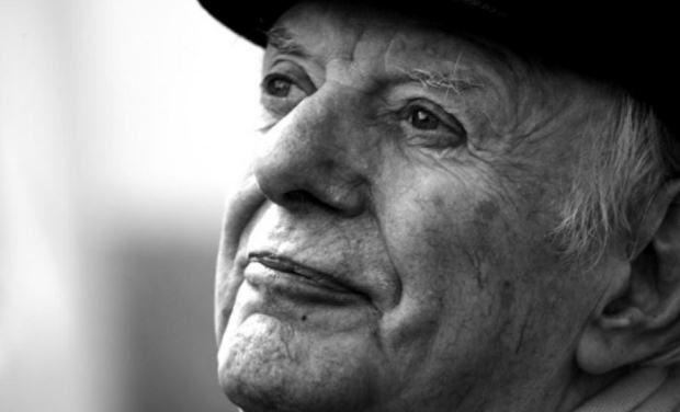 Έφυγε από τη ζωή ο βραβευμένος συγγραφέας Ντάριο Φο