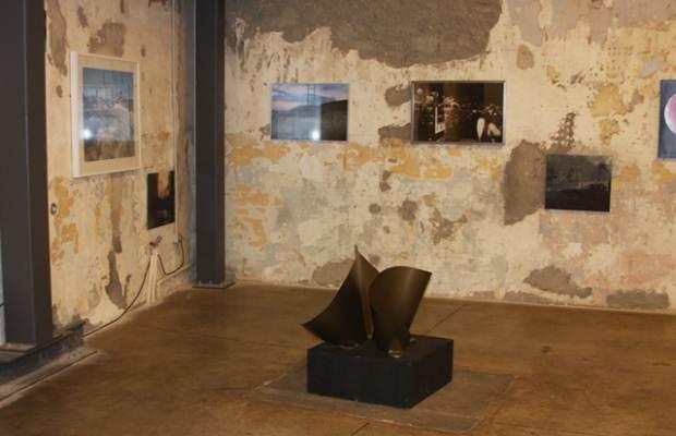 ΤΕΛΕΥΤΑΙΑ ΕΚΘΕΣΗ του ΕλληνοΟλλανδικού Εικαστικού Φεστιβάλ ORANGE WATER στη Δημοτική Πινακοθήκη Κορίνθου
