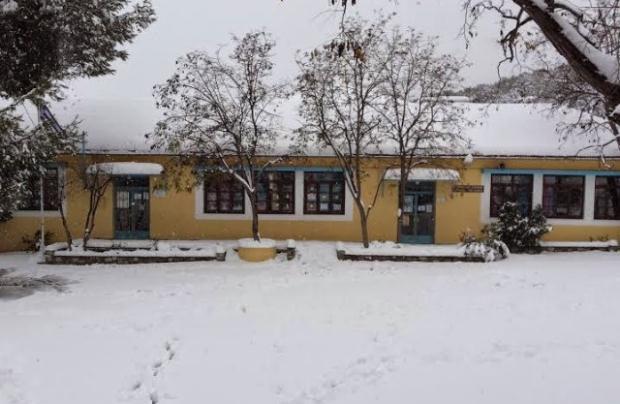 Ποια σχολεία στην Αττική θα παραμείνουν κλειστά την Τρίτη 8/1, λόγω της κακοκαιρίας