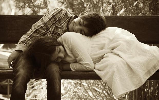 """Το """"The Kiss"""" είναι μία παράσταση για τον έρωτα από την ανάποδη"""