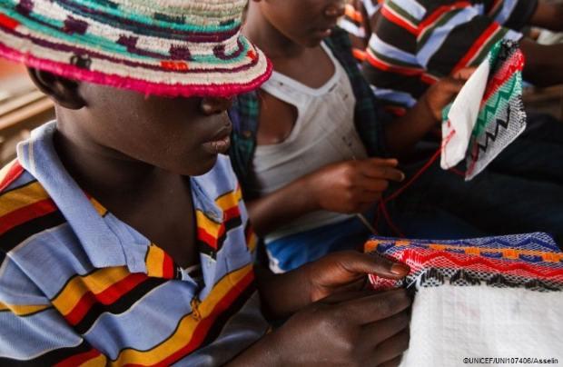 UNICEF: Τουλάχιστον 65.000 παιδιά απελευθερώθηκαν από ένοπλες δυνάμεις τα τελευταία 10 χρόνια