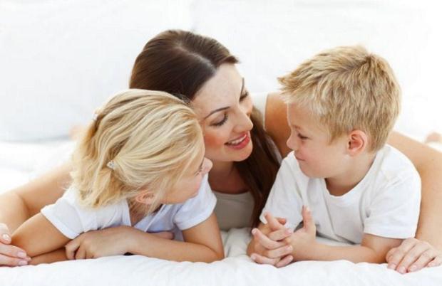 «Έξι SOS στην επικοινωνία με τα παιδιά»