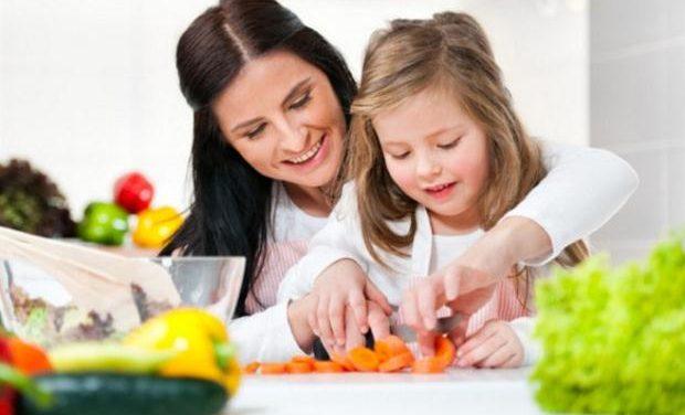 «Έξι SOS στην επικοινωνία με τα παιδιά» του Ψυχολόγου Γιάννη Ξηντάρα