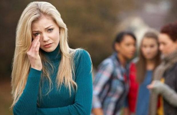 «Γιατί αφήνουμε τους άλλους να μας πληγώνουν;» του Ψυχολόγου Γιάννη Ξηντάρα