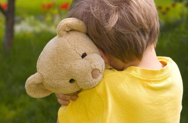 «Τα μακροπρόθεσμα οφέλη της ανατροφής των παιδιών με το attachment parenting» της ψυχολόγου Μαρίνας Κρητικού