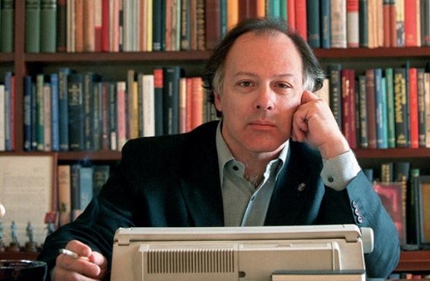«Χαβιέρ Μαρίας: Γράφοντας για τις ζωές των άλλων» της Τώνιας Τσαρούχα