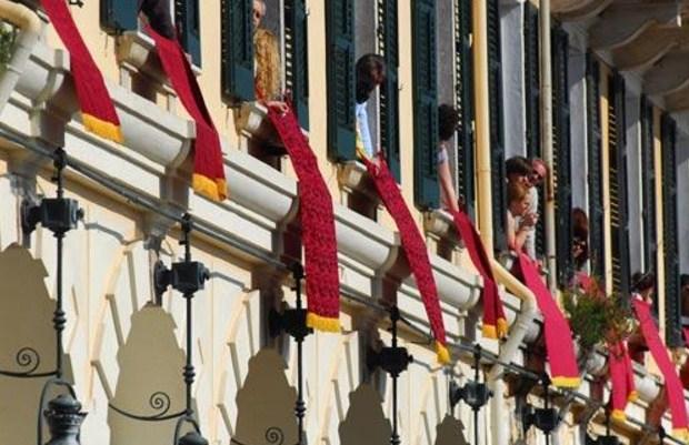 Το σπάσιμο των κανατιών στην Κέρκυρα το Μ. Σάββατο και η προέλευση του εθίμου