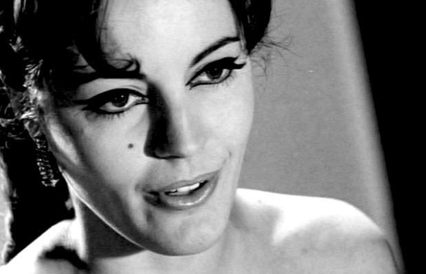 Έφυγε από τη ζωή η ηθοποιός Καίτη Παπανίκα