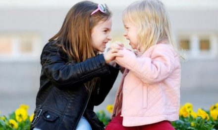 «Τσακωμοί στα αδέρφια: παρεμβαίνουμε και πότε;» της ψυχολόγου Μαρίνας Κρητικού